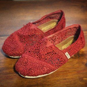 Toms Size 7 Red Lace Slip On